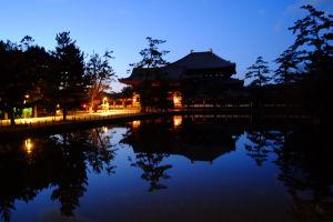 夕暮れの東大寺