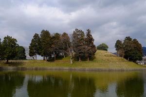 桜井市にかけて連なる古墳群の一つ