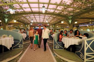 ディナー会場の「Enchanted Garden」