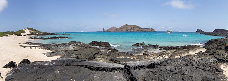 今でも火山が活動するフェルナンディナ島