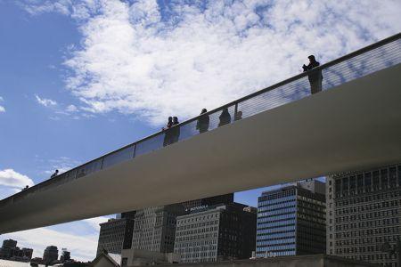 シカゴ美術館へつながる歩道橋