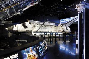 「最後のスペースシャトル」と呼ばれるアトランティス。シャトルの中が見られるのは、アメリカでここだけだ