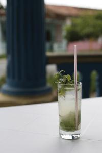 キューバのお酒と言えばモヒート。ラムをコーラで割ったキューバ・リブレも人気