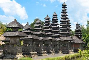 世界遺産になっているタマン・アユン寺院