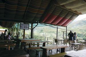 布農部落のカフェ。生産量と知名度はまだまだだが、台湾では良質のコーヒーの栽培も盛ん