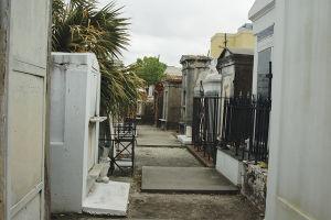 セントルイス第一墓地の中