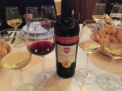 クロアチアの代表的な赤ワイン「フランコフカ」