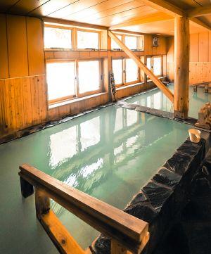 台風のあとに建て直された松楓荘の内風呂