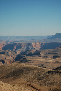 アメリカ西部独特の景観を堪能する