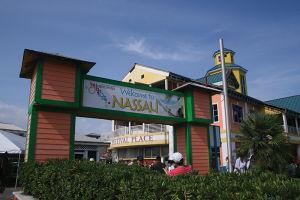 大小700の島から成るバハマの首都、ナッソー