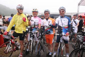 四国の「瀬戸内しまなみ街道サイクリングコース」を代表して参加した一行