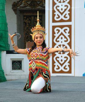 古典舞踊のダンサー