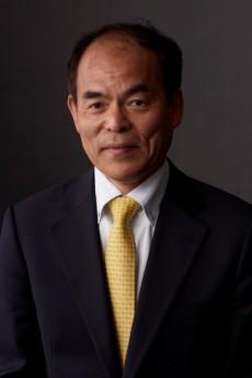 Dr Nakamura headshot