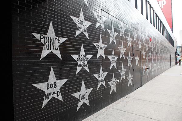 プリンスの映画「パープルレイン」で一躍有名になったミネアポリスのクラブ、ファーストアヴェニューPhoto © Yoshifumi Kawabata