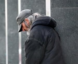 homeless-813618_640