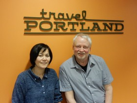 Travel Portlandのジェフ・ハマリーさん(右)と古川陽子さん(左) Photo © Michiko Ono Amsden