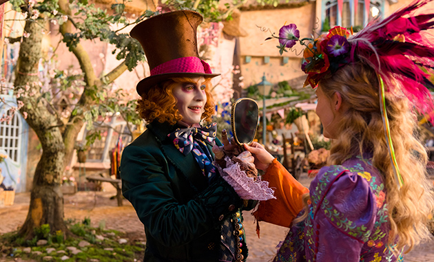 「Alice Through the Looking Glass」より © 2014 Disney Enterprises, Inc.