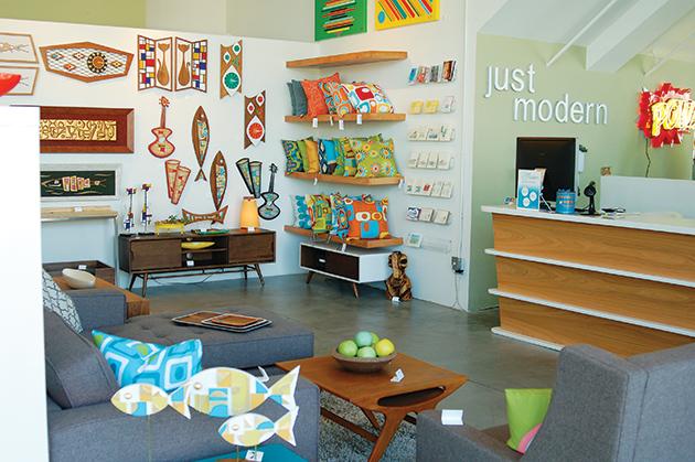 ミッドセンチュリー・モダンの家具などを扱う「Just Modern」の店内 Photo © Mirei Sato