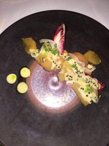 日本でもめったに食べられない高級魚、ヒラマサの刺身、キャビア添え=「Dry Creek Kitchen」Photo © Mirei Sato