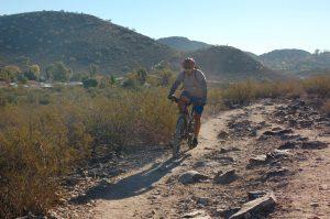マウンテンバイクをする人も多い「Phoenix Mountains Preserve」Photo © Mirei Sato