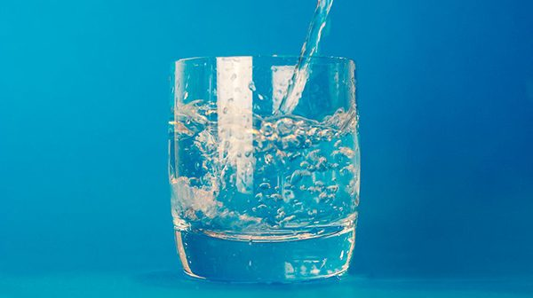 Water glass theme water 16490 600x336