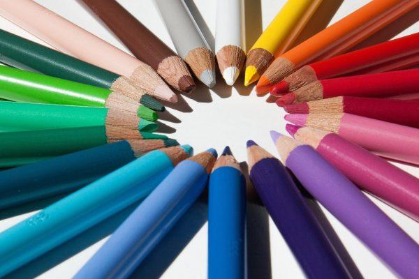 グラフィックデザイナーの色鉛筆